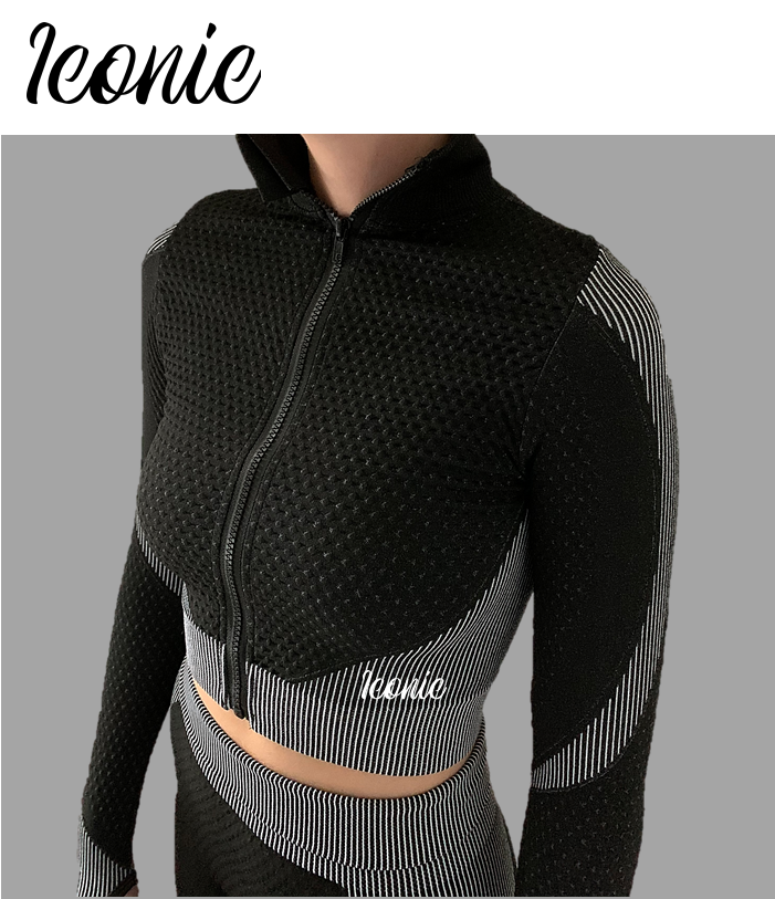 Long Sleeve Zipped Sports Top