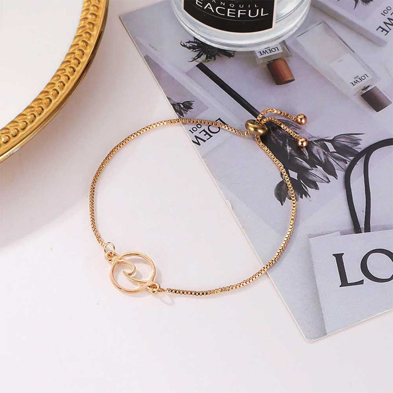 Circle Wave Bracelet in Gold
