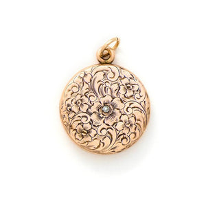 Exquisite 10K and diamond Floral Locket