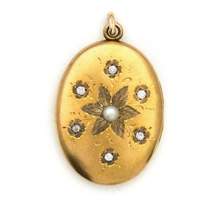 Stellar Pearl Flower Locket