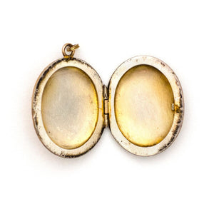 Oval Fan Locket