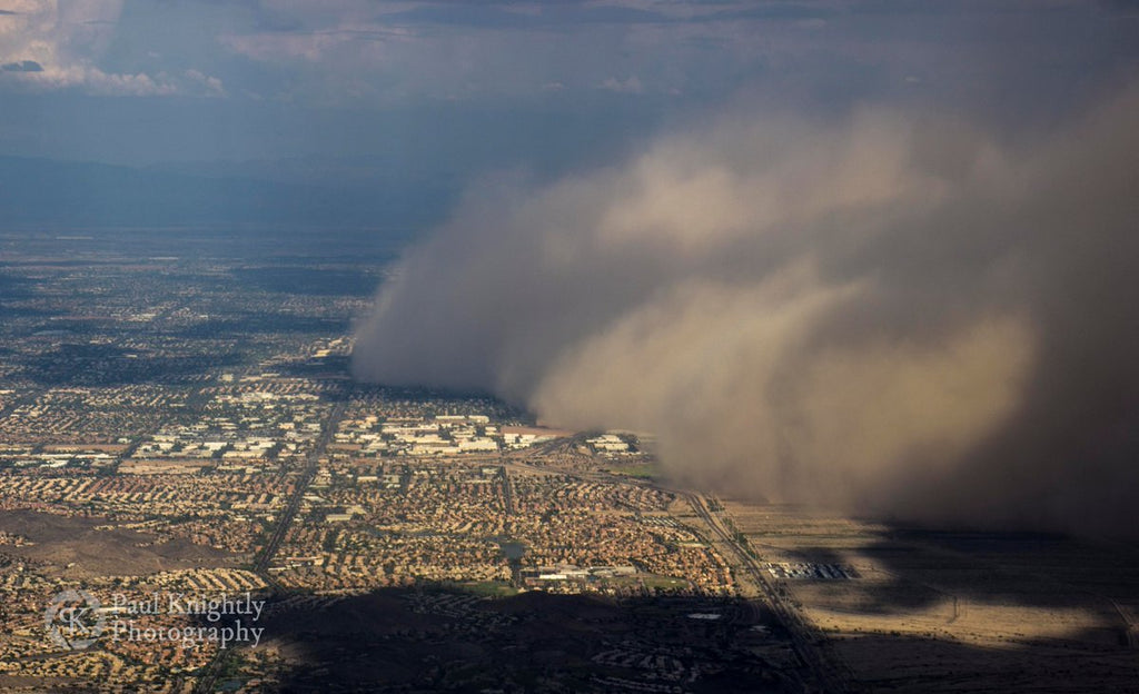 A haboob is seen rolling across Mesa, Arizona from my window on a flight departing Phoenix by Paul Knightly @KnightlyPhoto