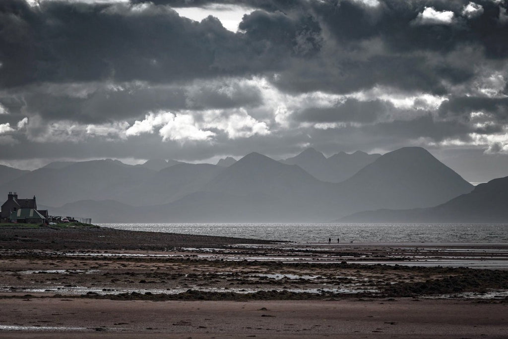 Looking across Applecross beach to Eigg and Rhum by Mike Cooper @craiglinscheoch