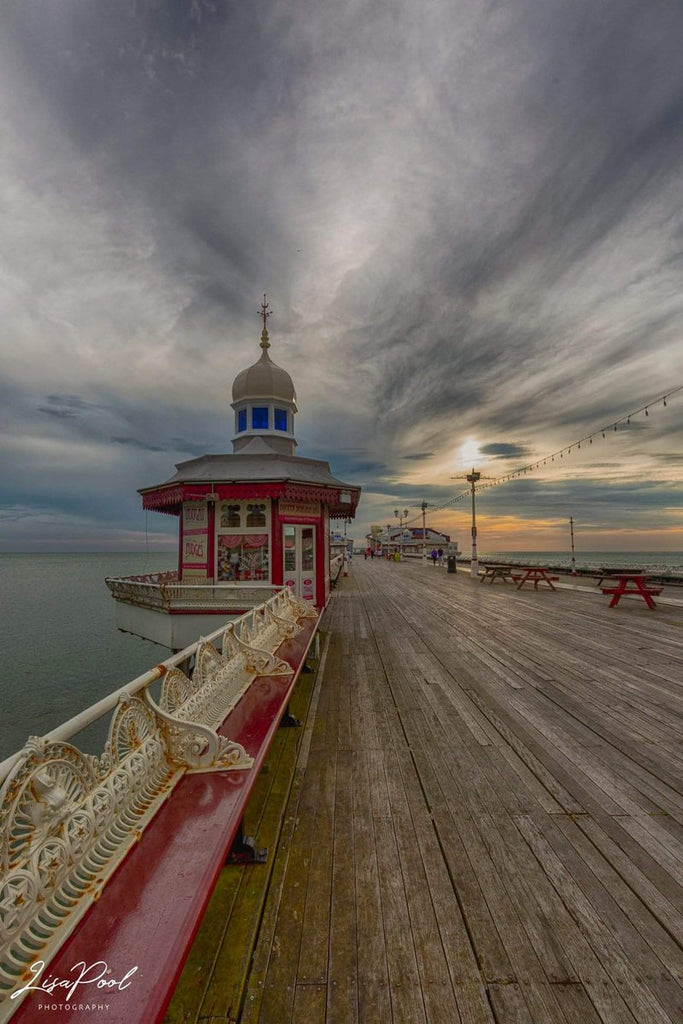 North pier Blackpool by Lisa poolphotography @artpool40