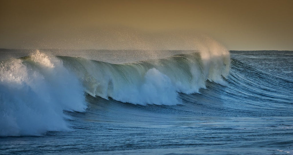Surf from distant Hurricane Leslie by Mike Busch/Greatsouthbayimages @GSBImagesMBusch