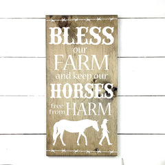 Bless our farm. handmade, wood sign in French, made in Quebec, Canada, sign frame picture board, made in Quebec, Canada, local purchase, Estrie, Montreal, Old Shack