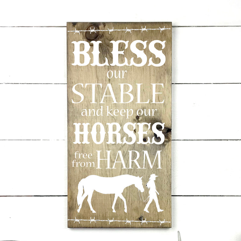 Bless our stable. handmade, wood sign in French, made in Quebec, Canada, sign frame picture board, made in Quebec, Canada, local purchase, Estrie, Montreal, Old Shack