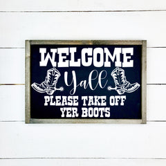 Welcome Yall, handmade, wooden sign in French, made in Quebec, Canada, sign, frame frame sign, made in Quebec, Canada, local purchase, Estrie, Montreal, Old Shack