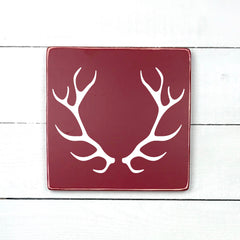 antlers, hand made wood sign, handmade, wood sign in French, made in Quebec, Canada, sign frame picture board, made in Quebec, Canada, local purchase, Estrie, Montreal, Old Shack