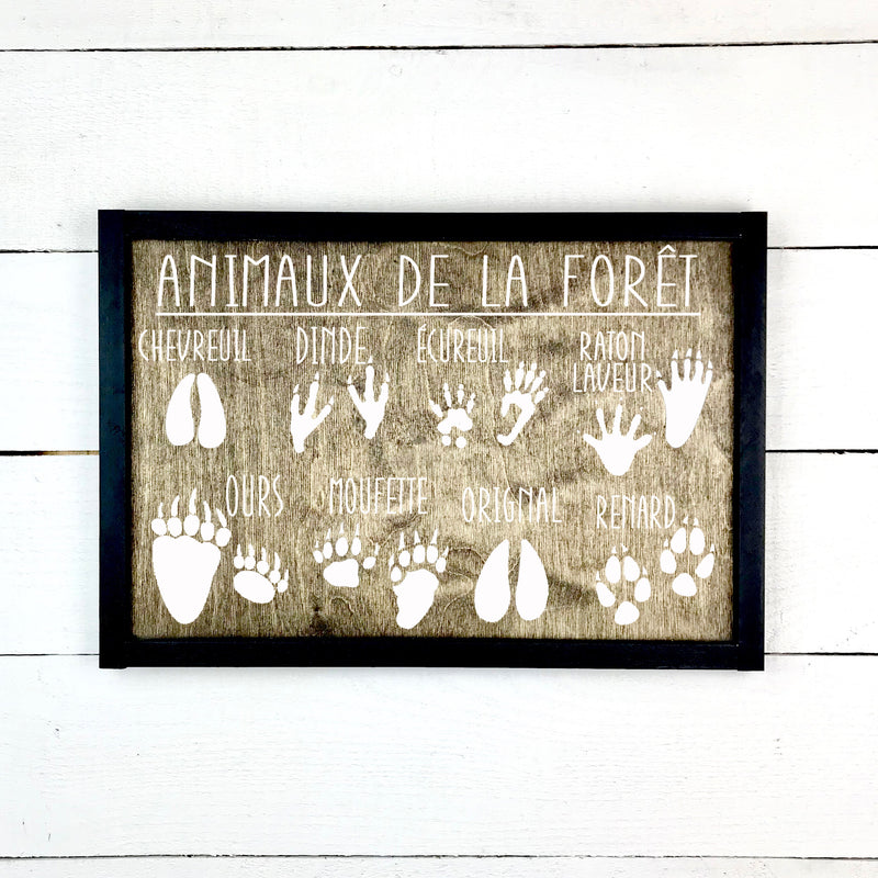 Forest animals- hand made wood sign, handmade, wood sign in French, made in Quebec, Canada, sign frame picture board, made in Quebec, Canada, local purchase, Estrie, Montreal, Old Shack