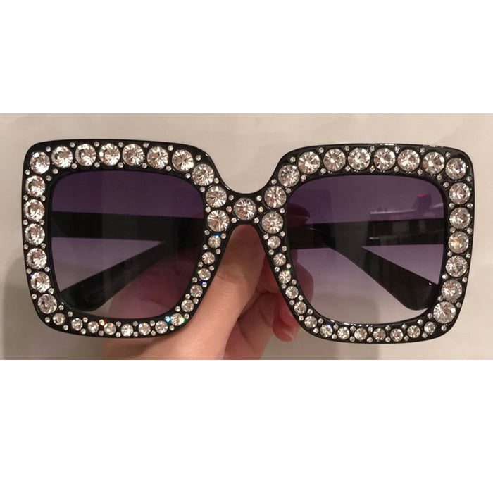 Crystal Diamond Women Sunglasses Italy Designer Oversize Square Sunglasses Ladies Fashion Star Sun Glasses Top Quality Wholesale