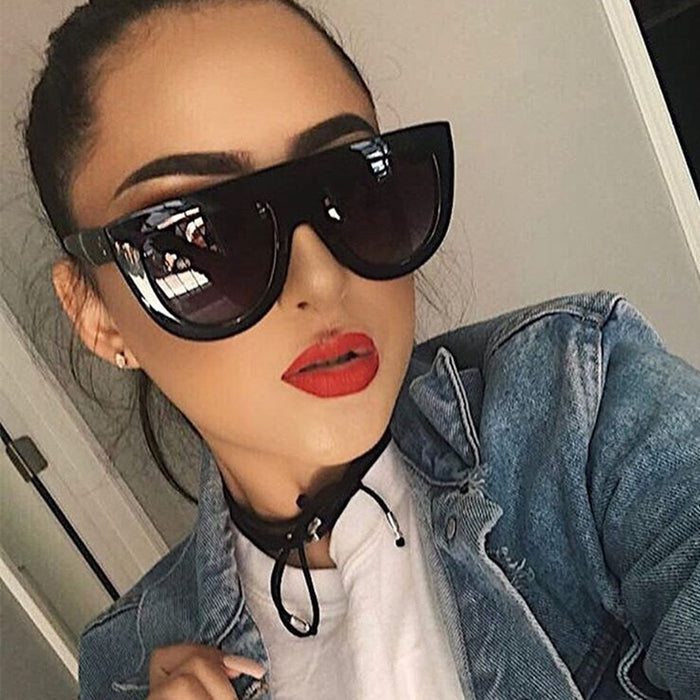 Fashion Cat Eye Sunglasses Women Chic Brand Designer Luxury Sunglasses Lady Summer Style Sun Glasses Female Rivet Shades UV400