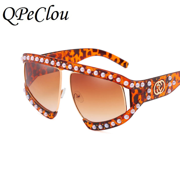 QPeClou Women Luxury Pearls Big Frame Sunglasses Female New Brand Rivets Sun Glasses Ladies Fashion Shades Unisex Oculos