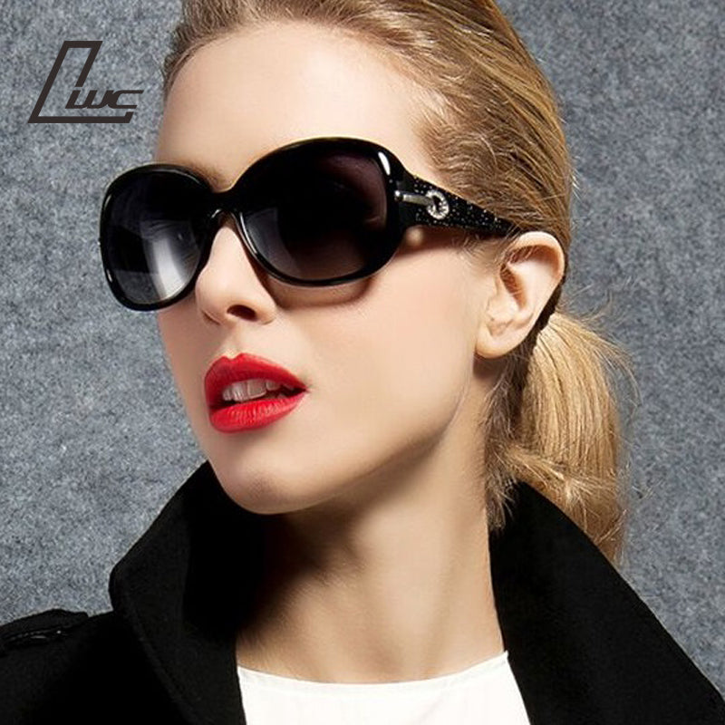 Vintage Ladies Sunglasses for Women Luxury Brand Designer Butterfly Pattern Points Sun Glasses Female Lunettes De Soleil Femme
