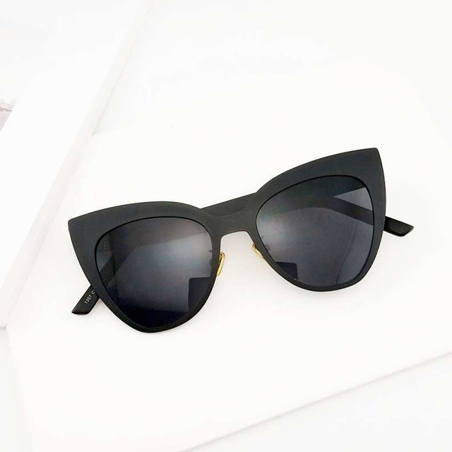 Sella Trending Fashion Hit Color Oversized Cateye Sunglasse Fashion Women Brand Designer Black White Alloy Frame Sun Glasses