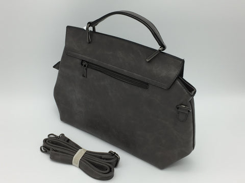 Leatherette shoulder bag. Long strap included