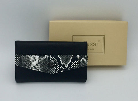 Image of Snakeskin PU purses