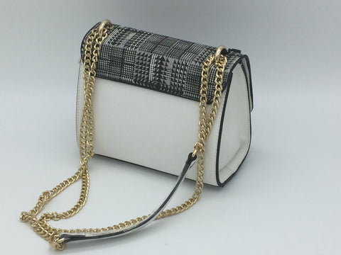 Contrast houndstooth flap crossbody bag