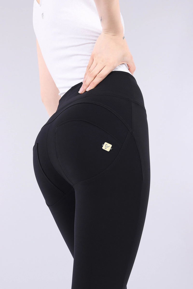 BLACK D.I.W.O.® PRO BEAUTY EFFECT HIGH WAIST SELF TONE ZIP FREDDYS