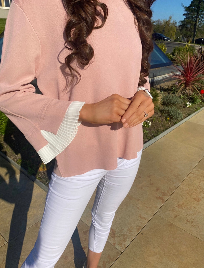 Peyton top with bell sleeve (light pink)