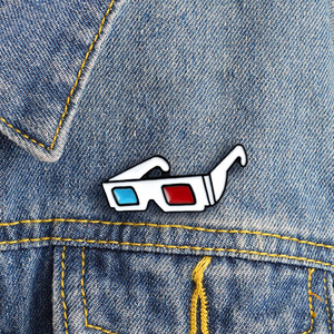 Old School 3D Glasses (Red/Blue) Enamel Pin