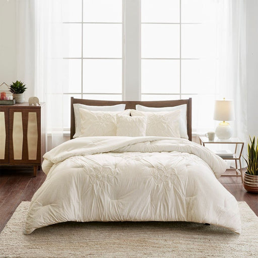 Gabrielle 4 Piece Tufted Seersucker Queen Comforter Set Ivory