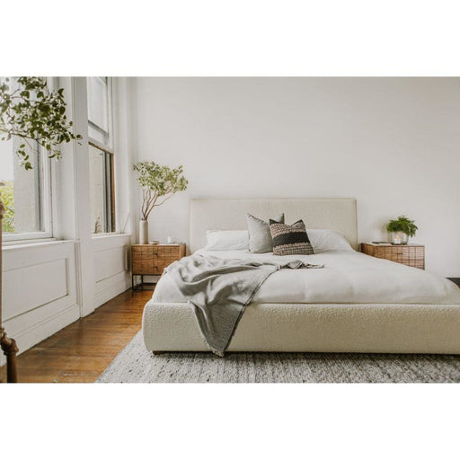 Recharge Boucle Queen Bed