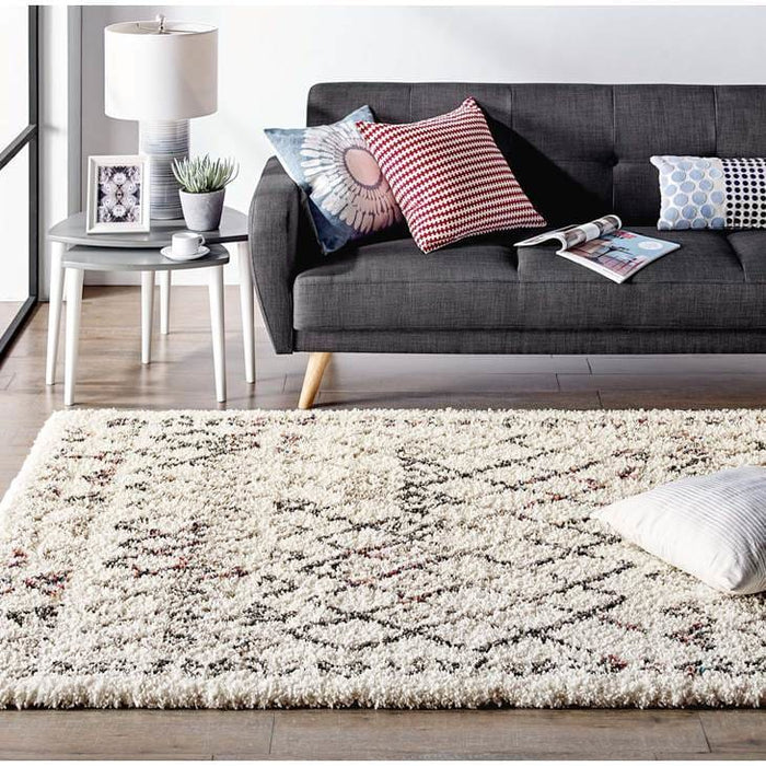 Skadi Rainbow Diamond Shag Area Rug 5 x 8