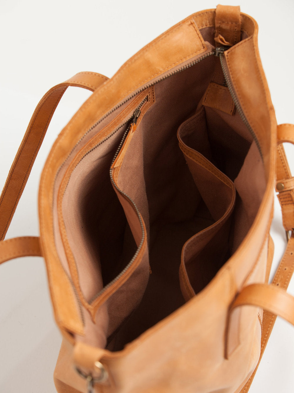 Alem_Utility_Bag_-_interior.jpg