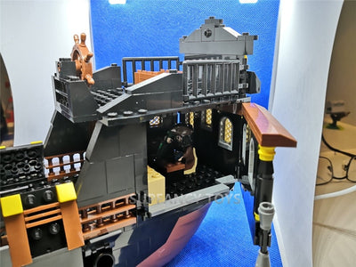 Building Blocks 652 Pcs. NEW Black Pearl Pirates Caribbean Ghost Ship Large Models