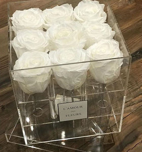 Preserved roses eternal rose Montreal flowerbox rosebox Canada Florist valentine's day valentines flowers Christmas fleuriste
