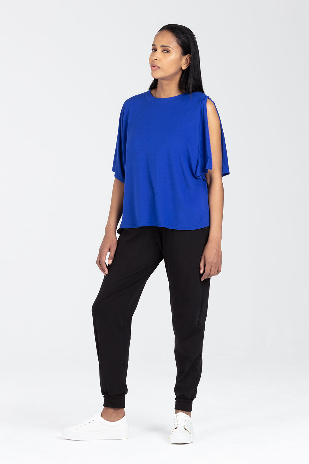 Postnatal Clothes - Breastfeeding Top, Short Sleeve in Blue - Minerva by Sarka London - Breastfeeding View
