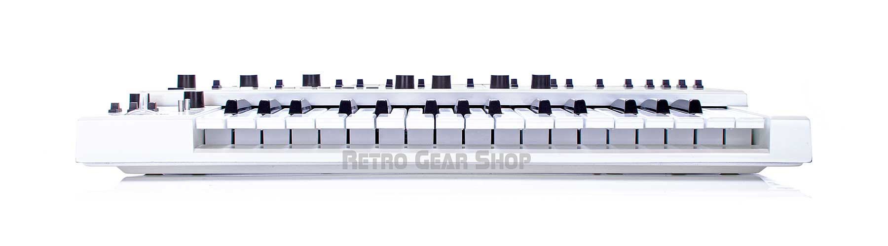Roland SH-101 Custom White + Mods Front