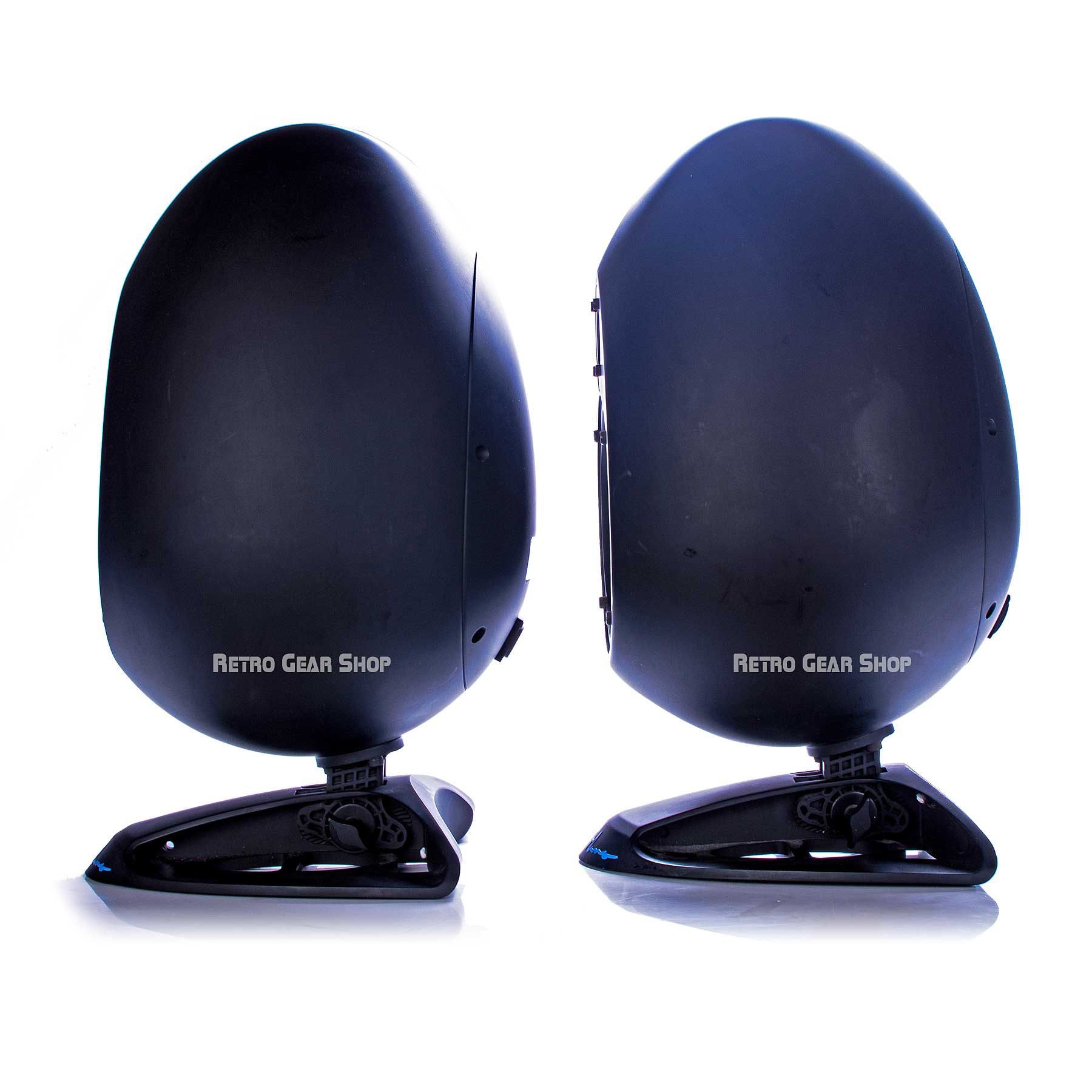sE Electronics Munro Sonic Egg Monitor Speakers Right
