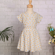 Load image into Gallery viewer, Mom Girl Circle Prints V-Necked Dress - yoyosfashion