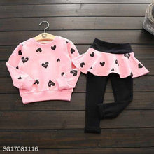 Load image into Gallery viewer, Cute Heart Print Two Pieces Set - yoyosfashion