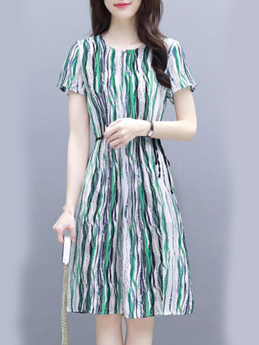 Round Neck  Side Slit  Striped Shift Dress - yoyosfashion