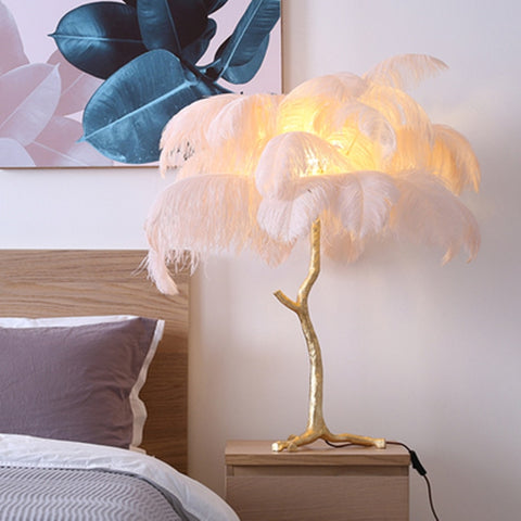 Nordic Copper Resin Gold Desk Lamp Ostrich Feather Bedside Lamp High-grade handmade tiffany lamps American RETRO bed lamp