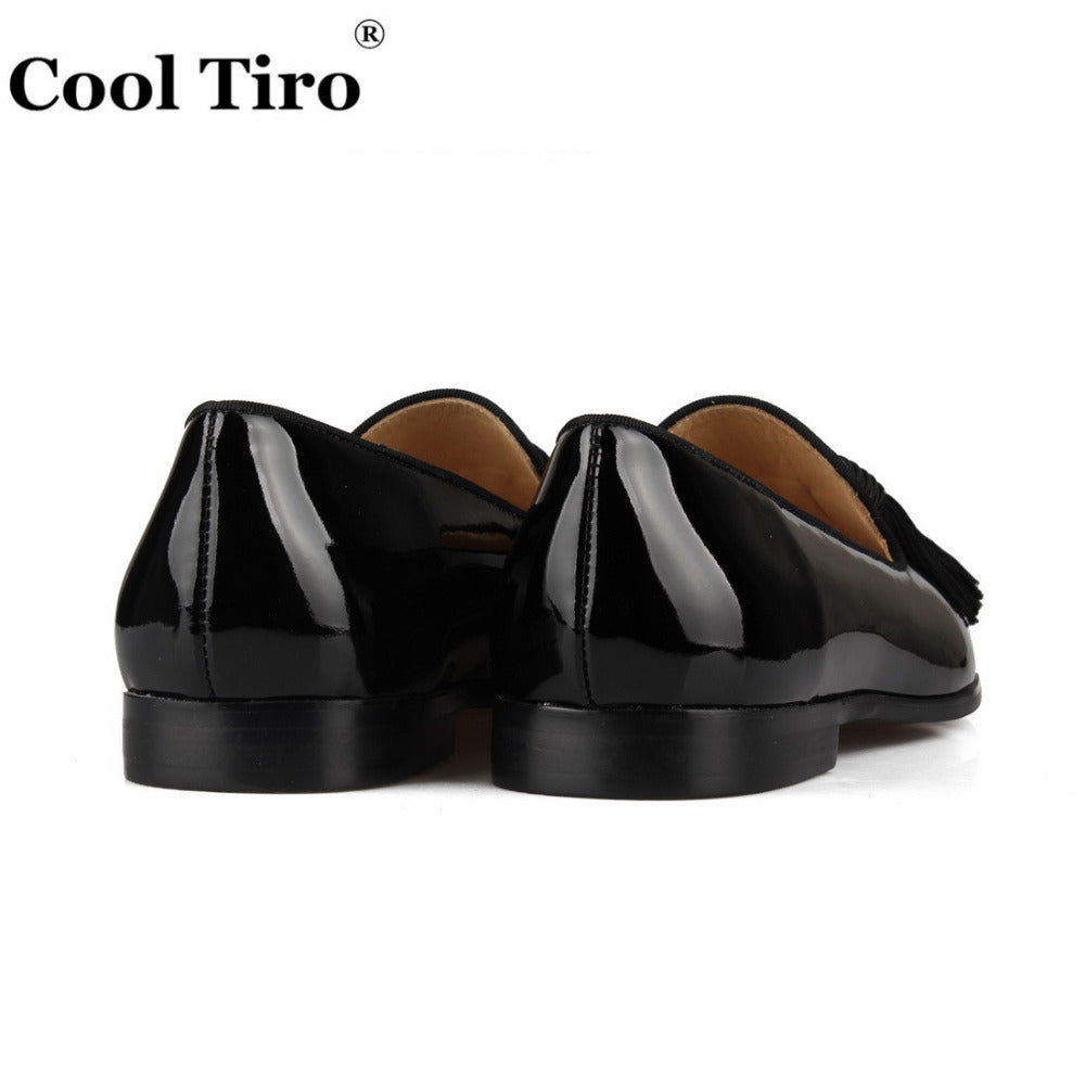 Leather Loafers Men Moccasins Tassels Slippers Wedding prom Men's Dress Shoes Business Flats Casual Shoes