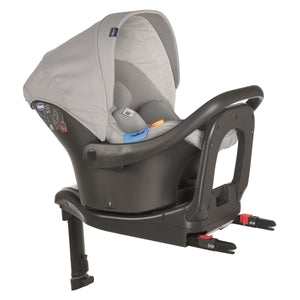 Baby equipment rental in Lisbon, Portugal. Chicco car seat for going everywhere safely and comfortably.