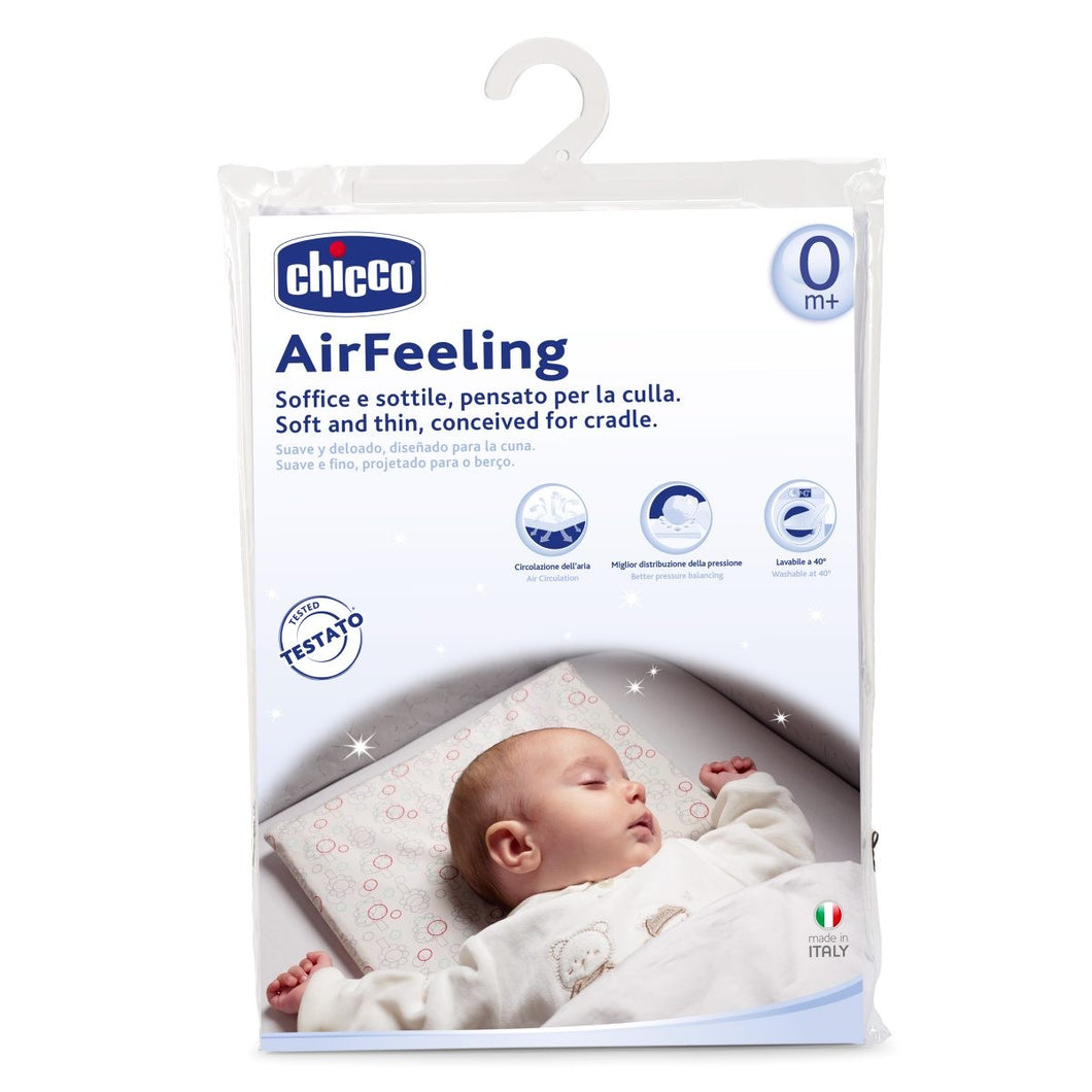 Baby equipment rental and sale in Lisbon, Portugal. Chicco cot pillow for relaxing nights just like home.