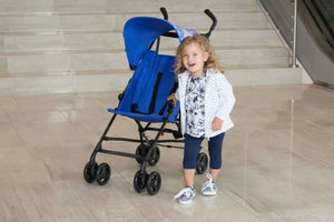Baby equipment rental in Lisbon, Portugal. Chicco stroller for cozy and comfortable naps and walks.