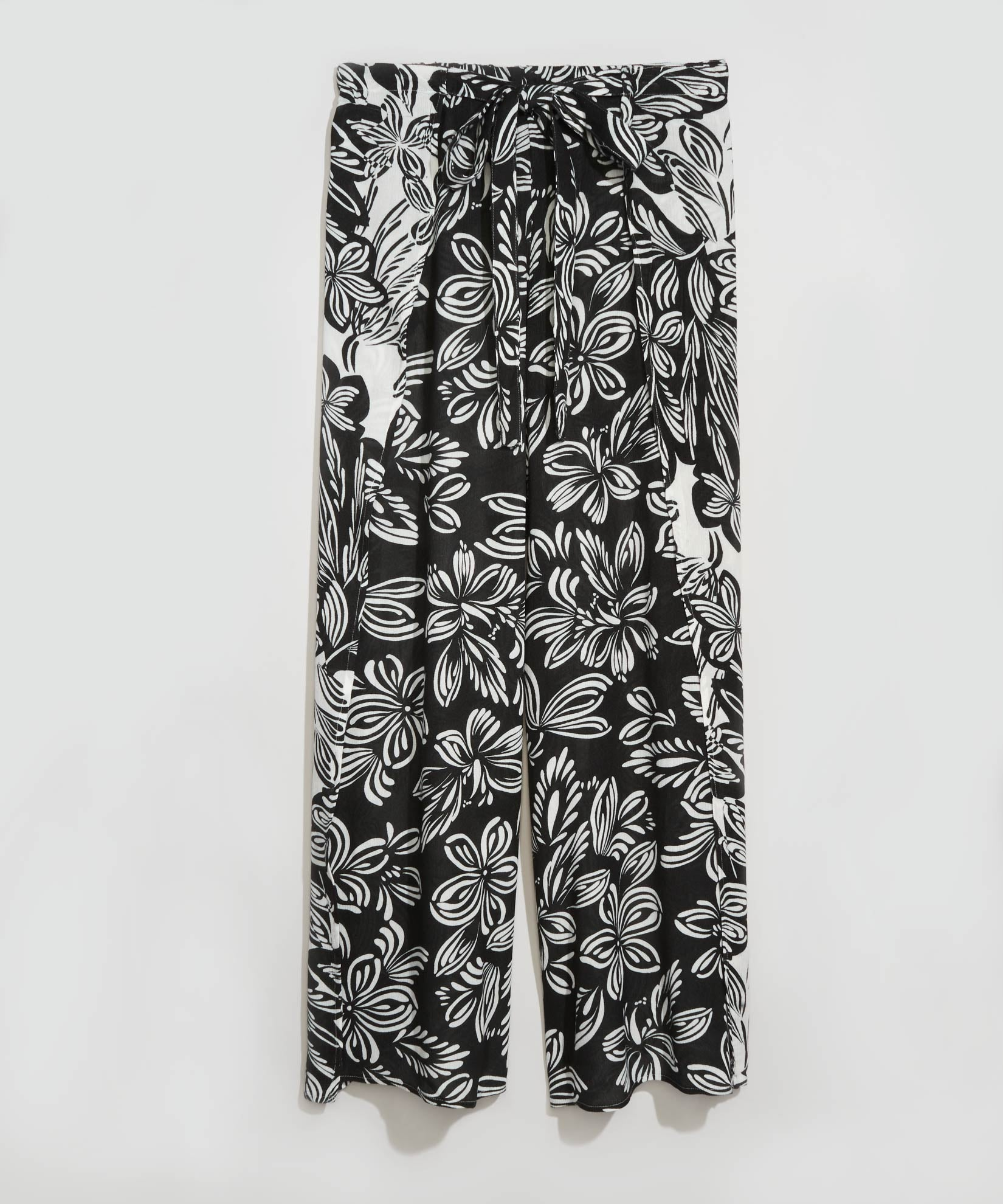 Black - Floral Breeze Pants
