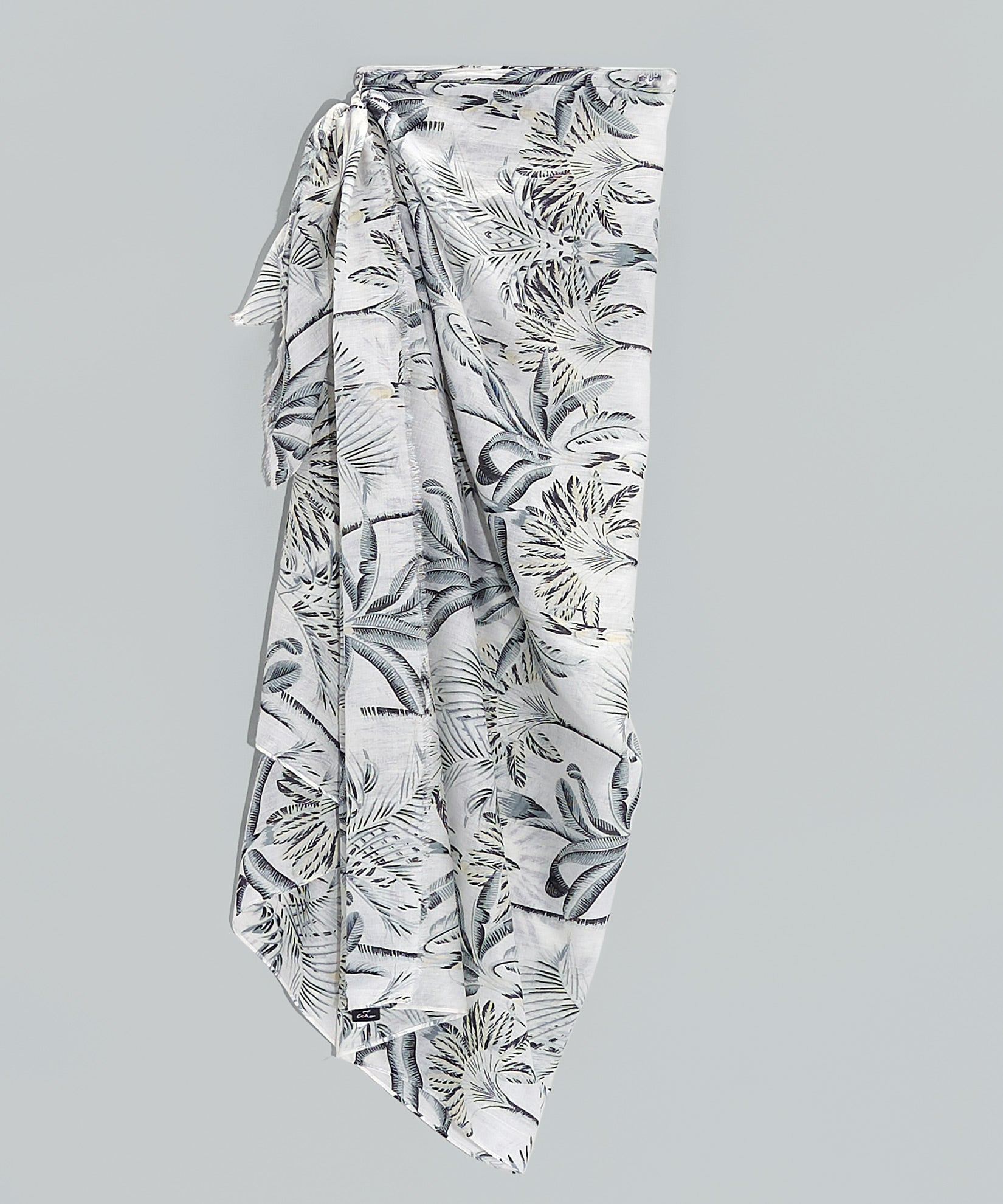 White - Palm Toile Pareo Wrap In-A-Bag