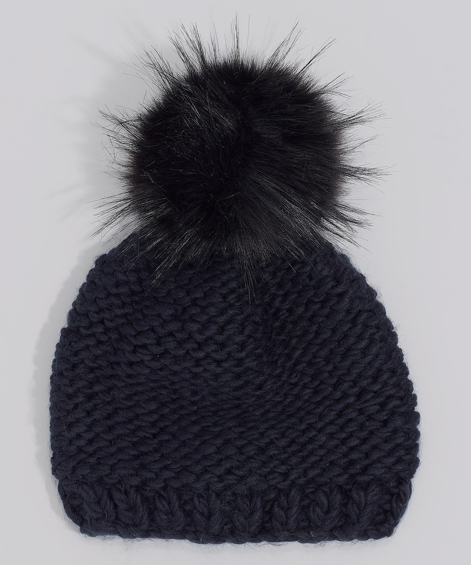 Echo Black - Chunky Knit Beanie With Faux Fur Pom