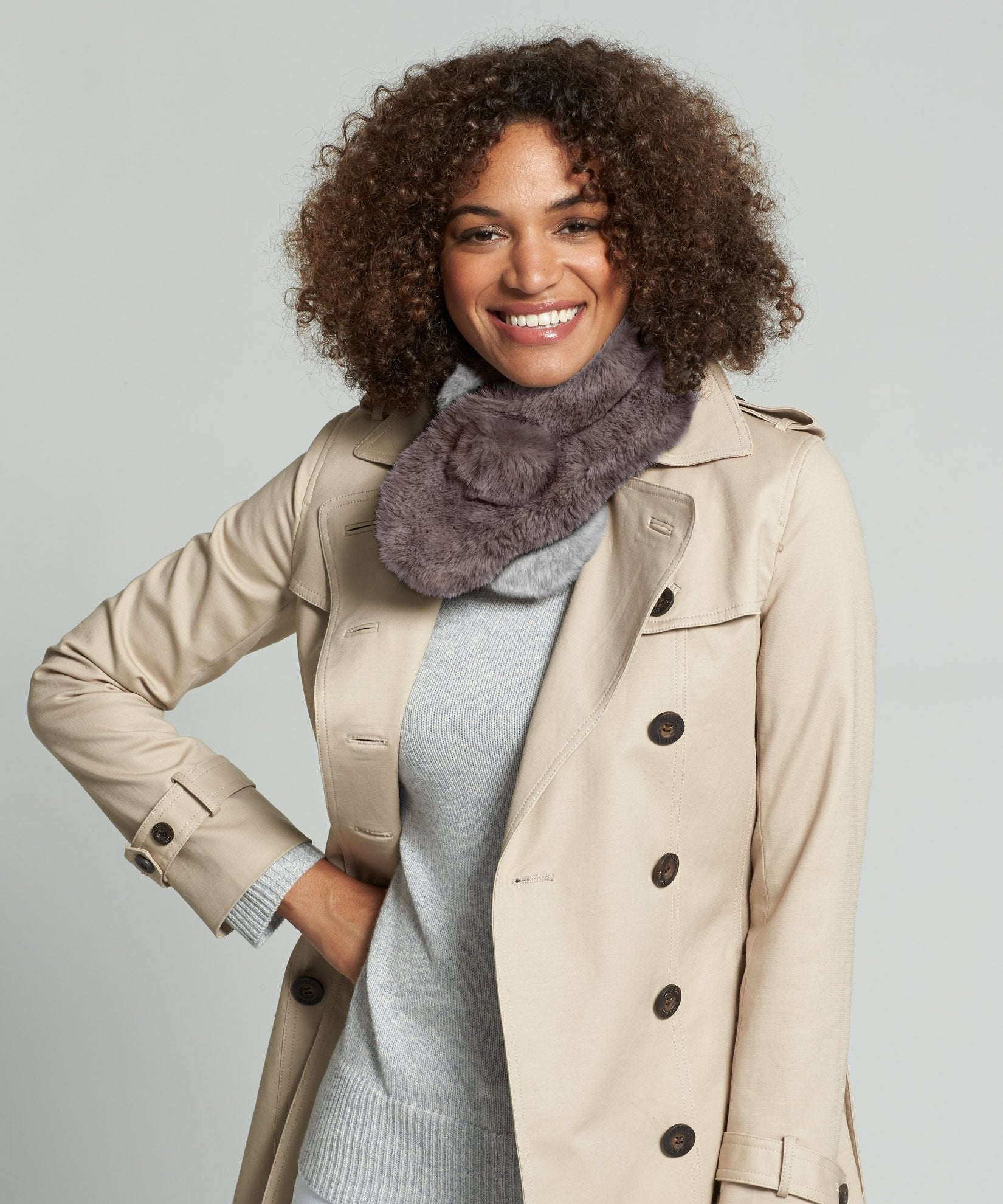Teak - Neck Warmer Pull-Through With Pom