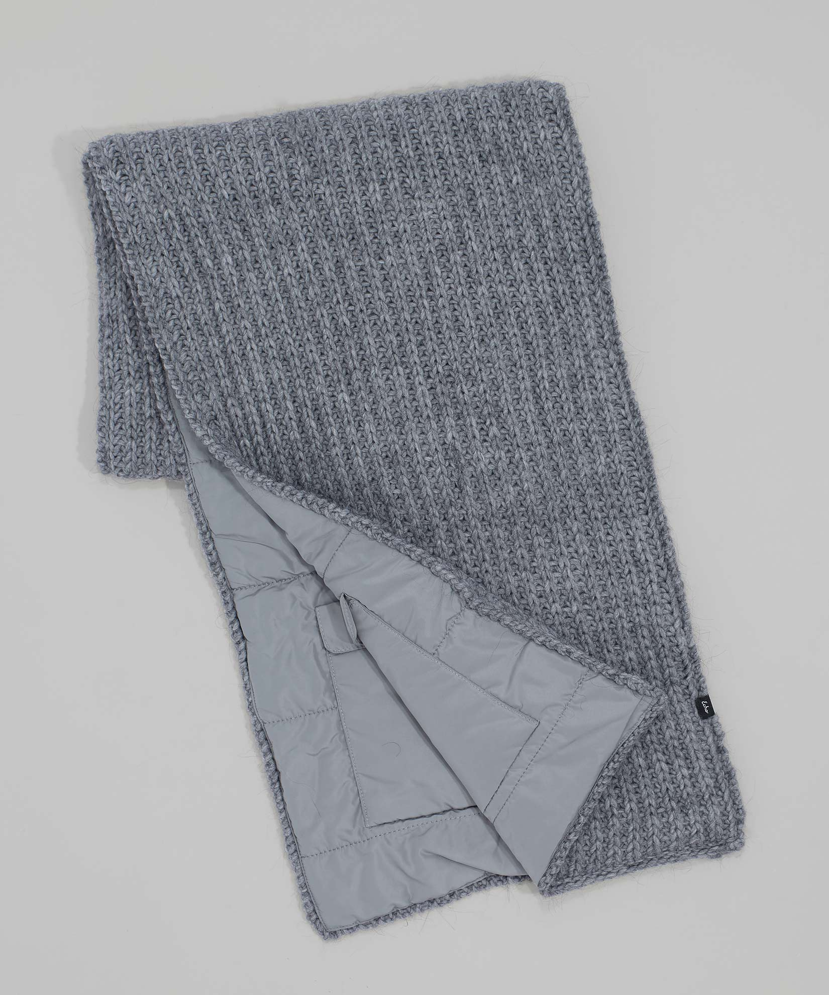 Echo Charcoal - Reversible Muffler With Pockets
