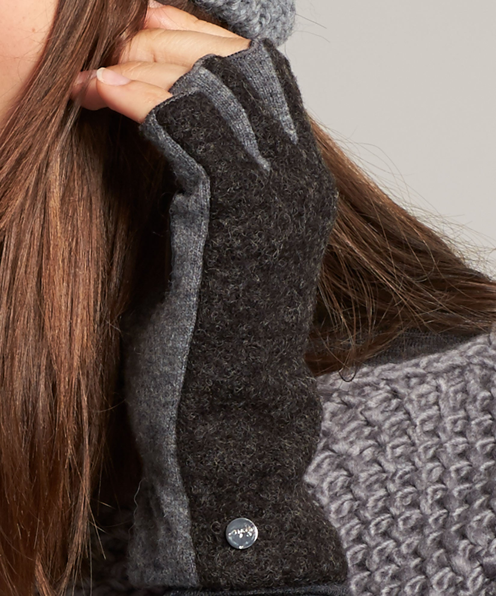 Heather Grey - Boucle Fingerless Glove