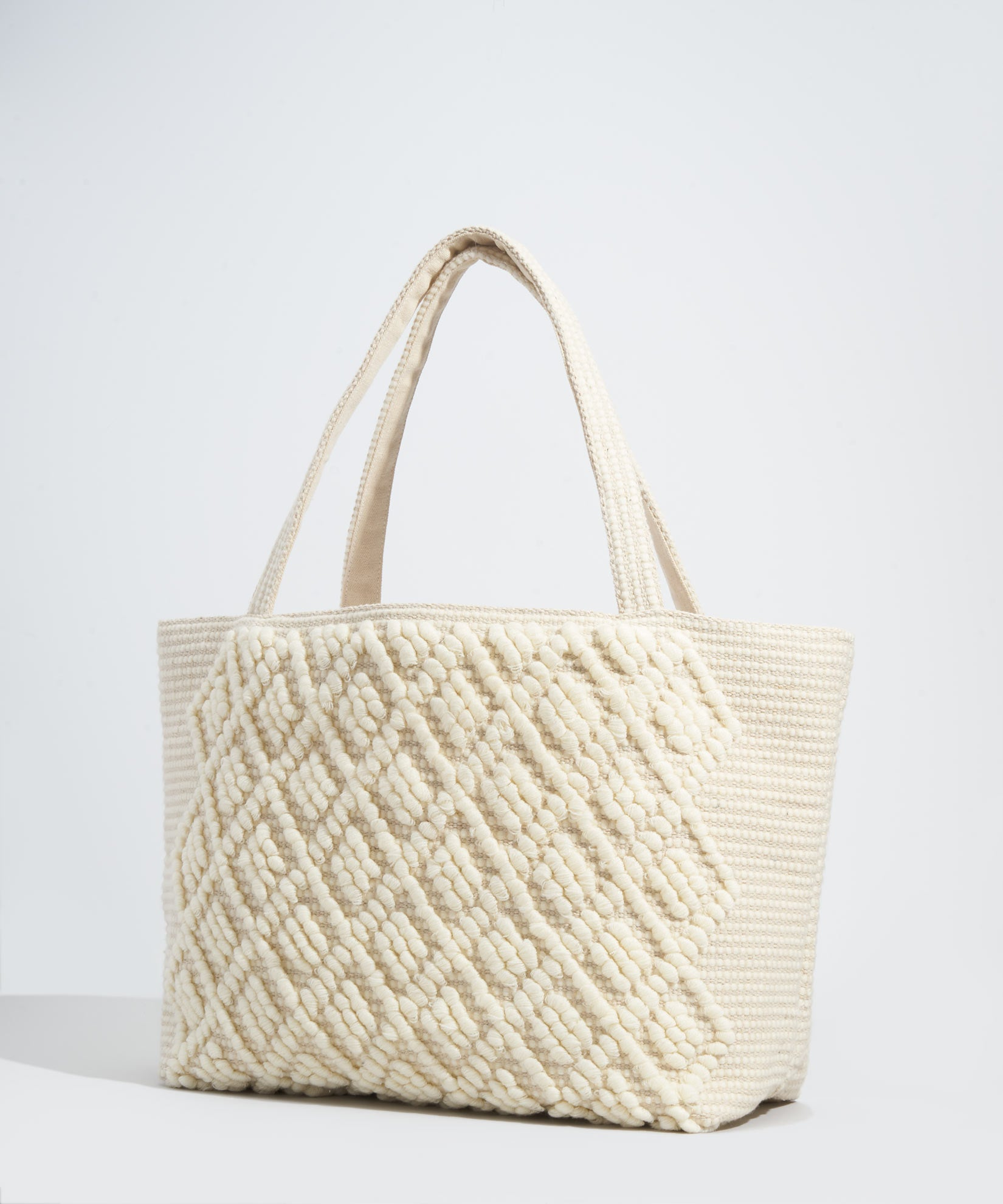 White - Diamond Motif Bag