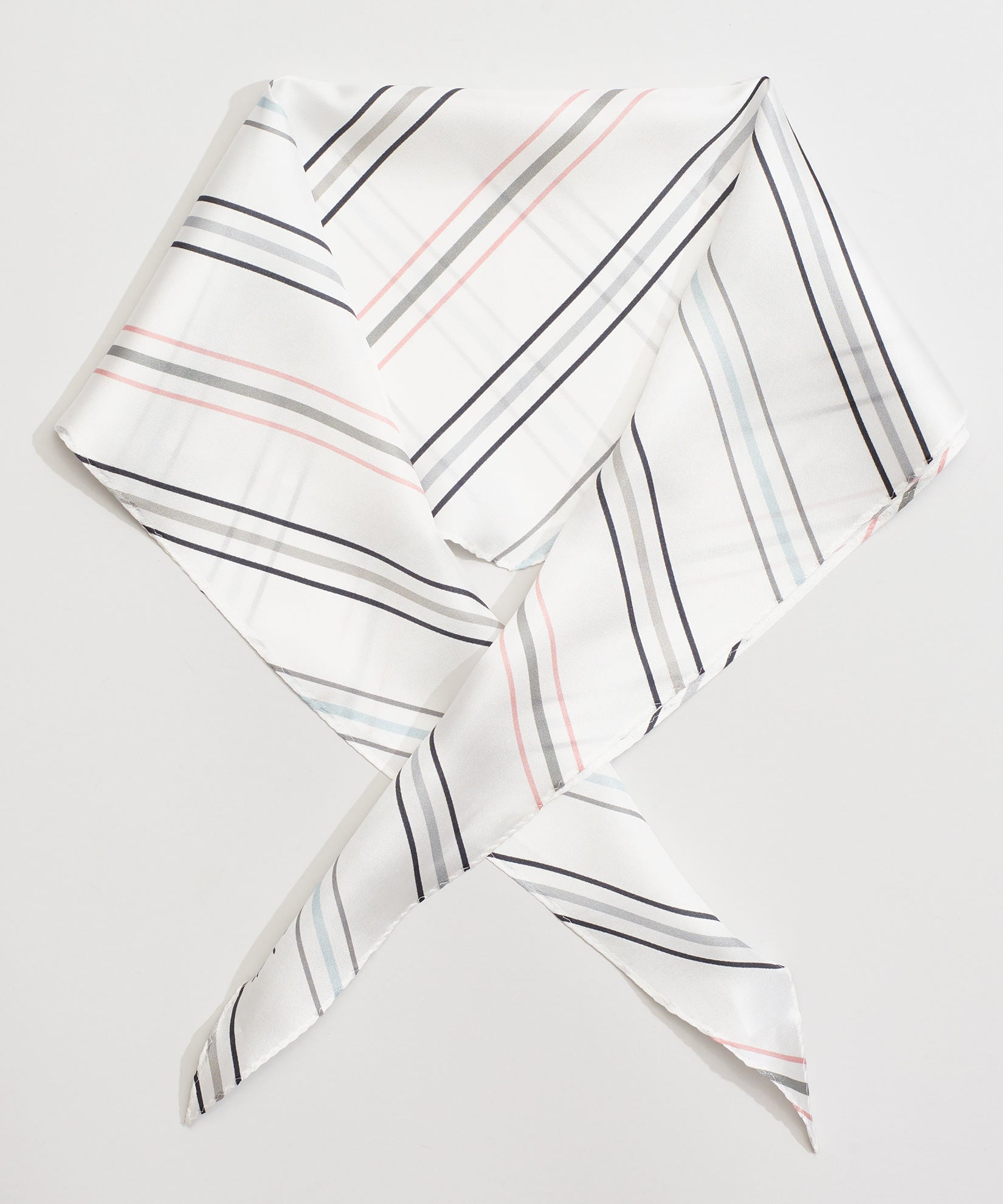 Whitecap - Pin Stripe Silk Diamond